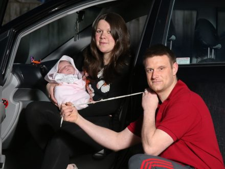 Quick-Thinking Dad Delivers Baby Daughter In Front Seat Of Car Before Cutting Umbilical Cord With SHOELACES