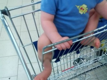Firemen had to cut toddler out supermarket trolley