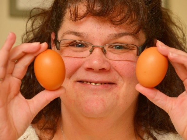 Woman Left Shell-Shocked After Cracking Open Egg To Find 25 Million-To-One Triple Yolker