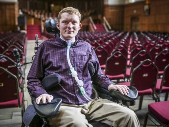 Student Paralysed From The Neck Down Just Before Uni Now Collects First-Class Degree