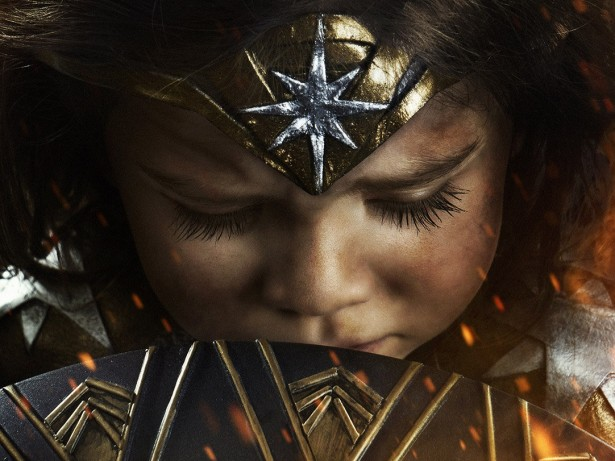 Dad transforms his 3-year-old daughter into Wonder Woman!