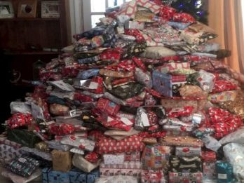 Mum Defends Buying So Many Christmas Presents For Kids You Can Barely See Her 6ft Tree