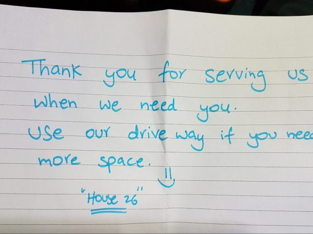 Paramedics Were Met With A Heartwarming Note From A Member Public Thanking Them For Helping A Patient In Need