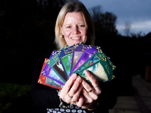 Clairvoyant Correctly Predicts Woman Would Win Lotto, Lose Weight And Become Psychic!