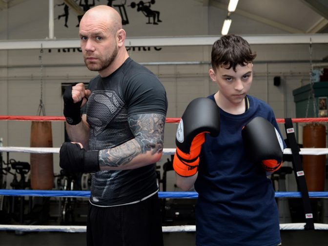 Professional Boxer Steps In To Help Bullied Schoolboy