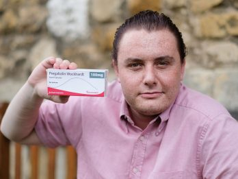 Man Claims Pain Killers Turned Him Gay