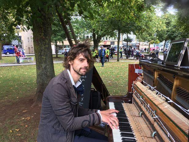 HOPELESS ROMANTIC - Heartbroken Man Plays Non-Stop Piano To Win Back Lost Love