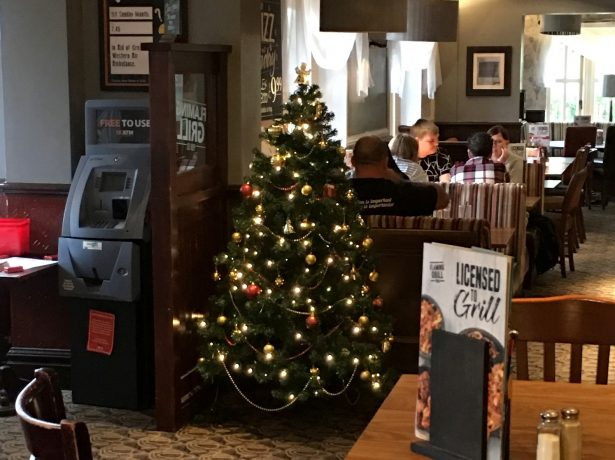 No, You Haven't Had One Too Many! : Bristol Pub Is First To Display Christmas Tree - In JULY