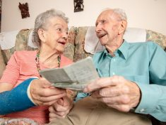 Couple Who Have Never Had An Argument Celebrate 70 Years Of Wedded Bliss