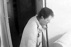 Cruel Burglar Steals Jewellery In Front Of 90-Year-Old Victim
