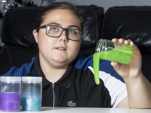 Teen Issued Warning After She Was Ill For More Than A Month - Due To Toxic Levels Of Chemicals In Homemade SLIME