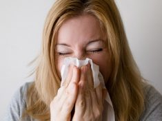 One In Four Of Britain's Hayfever Sufferers 'Dreading' The Warmer Months To Come