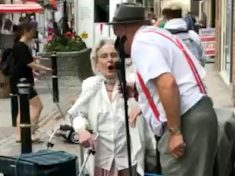 Crowd 'In Tears' As Pensioner Performs Duet Of 'Wonderful World' With Busker